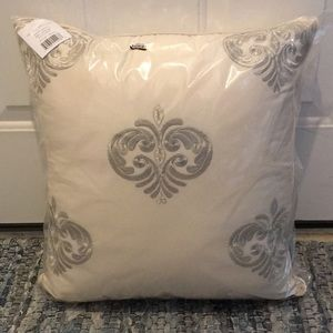New Decorative Pillow Cream/Silver Cotton Riviera